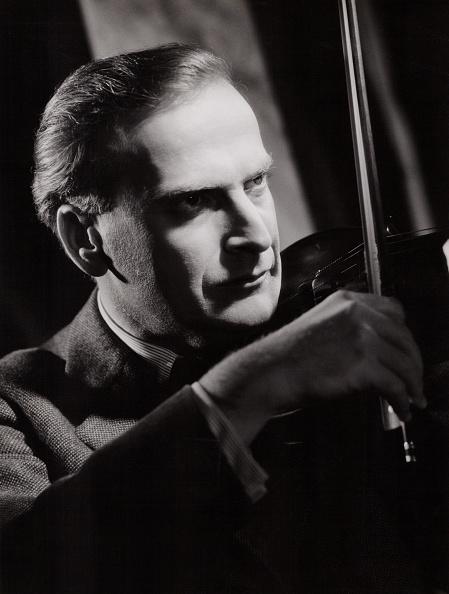 Violin「Yehudi Menuhin」:写真・画像(9)[壁紙.com]