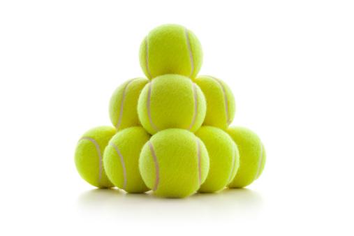 Pyramid Shape「A pyramid of tennis balls」:スマホ壁紙(4)