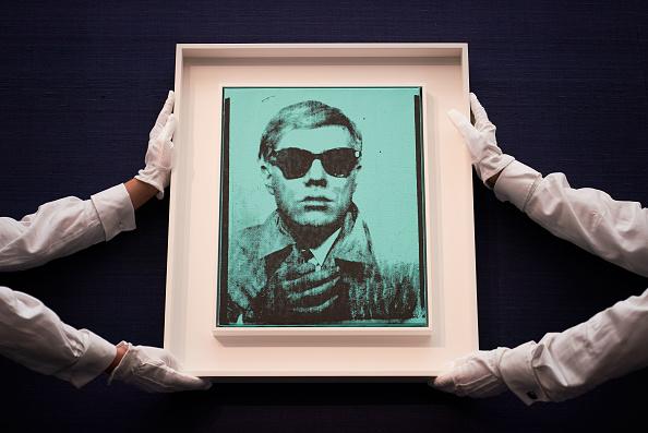 アート「Contemporary Exhibition Press Preview At Sotheby's, London」:写真・画像(17)[壁紙.com]