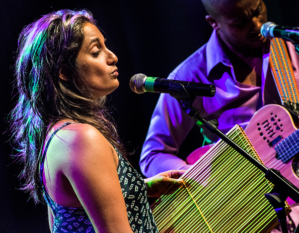 World Music「Maya Kamaty」:写真・画像(7)[壁紙.com]