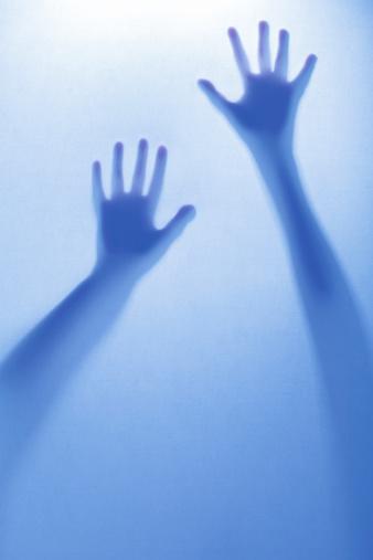 Unrecognizable Person「Woman's silhouette」:スマホ壁紙(8)