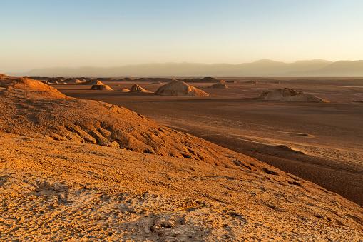 Iran「Iran, Kerman Province, Dasht-e Lut Desert, Khalouts」:スマホ壁紙(13)