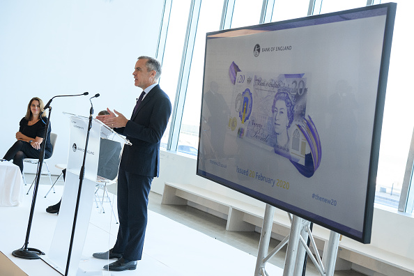 Incidental People「Bank Of England Governor Carney Unveils New 20 Pound Note」:写真・画像(8)[壁紙.com]