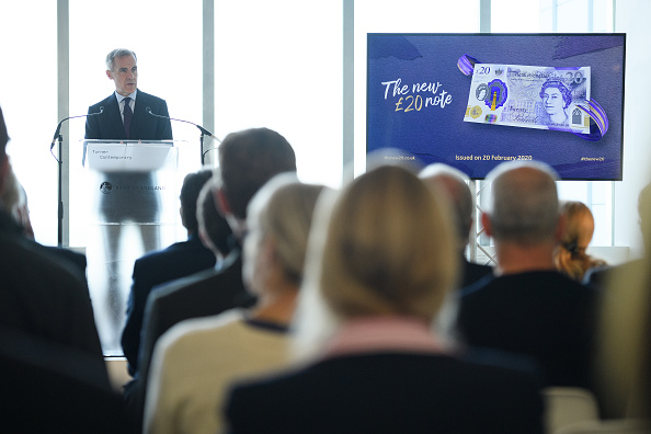 Incidental People「Bank Of England Governor Carney Unveils New 20 Pound Note」:写真・画像(7)[壁紙.com]