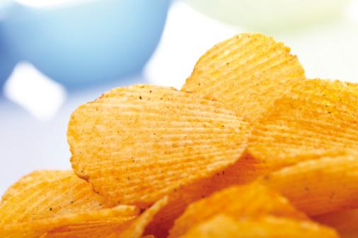 Eating「Potato chili chips, close-up」:スマホ壁紙(8)