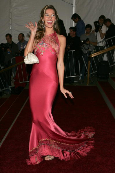 Evening Gown「MET Presents Anglomania: The Costume Institute Benefit Gala」:写真・画像(16)[壁紙.com]