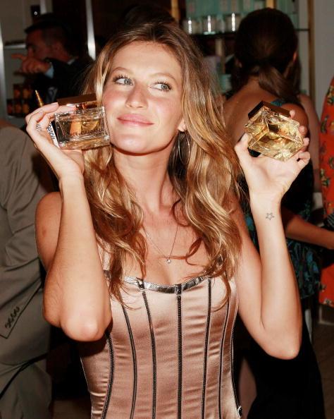 "Perfume「Gisele Bundchen Celebrates Dolce & Gabbana's New Fragrance ""The One""」:写真・画像(11)[壁紙.com]"