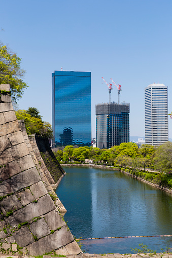 文化「Osaka Business Park as seen from the moat and walls of Osaka Castle.」:スマホ壁紙(12)