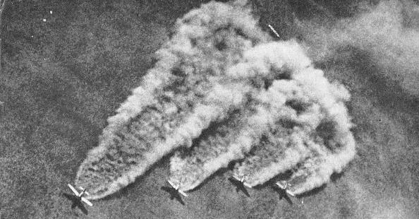 Explosive「Bombers Take Off」:写真・画像(13)[壁紙.com]
