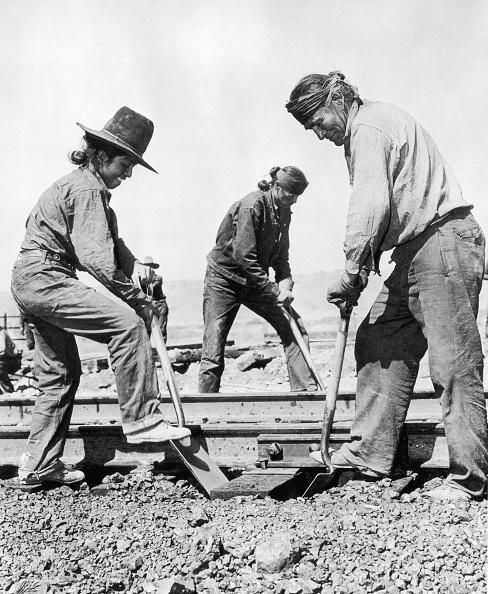 Navajo Culture「Railroad Workers」:写真・画像(10)[壁紙.com]