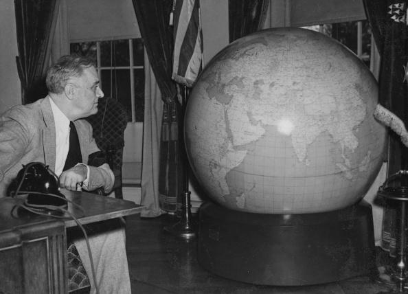 Globe - Navigational Equipment「Roosevelt's Globe」:写真・画像(9)[壁紙.com]