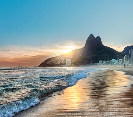 Poor Area「Brazil Rio de Janeiro Ipanema beach at sunset」:スマホ壁紙(13)