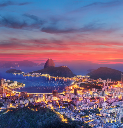 Famous Place「Brazil Rio de Janeiro with Sugarloaf and Guanabara Bay at dawn」:スマホ壁紙(14)