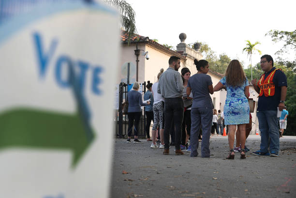 Voters Across The Country Head To The Polls For The Midterm Elections:ニュース(壁紙.com)