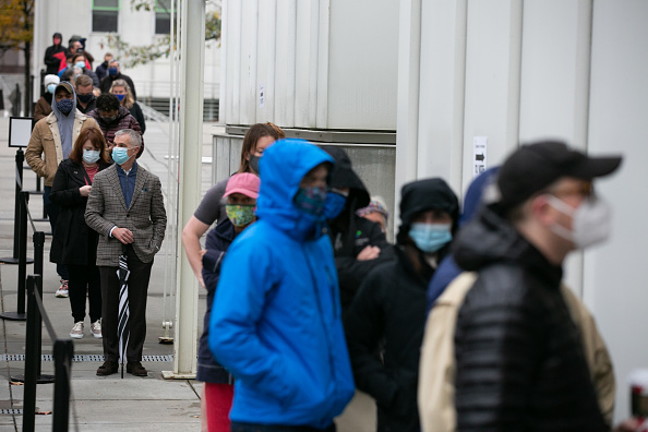 In A Row「Early Voting Starts In Georgia Ahead Of Senate Runoff Elections」:写真・画像(0)[壁紙.com]