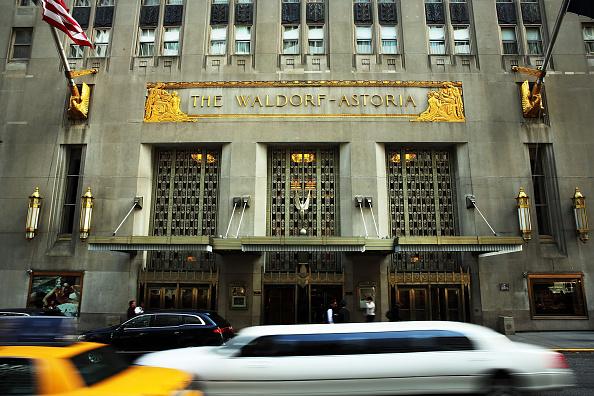 Waldorf Astoria New York「Hilton To Sell Landmark Waldorf-Astoria Hotel For Close To $2 Billion」:写真・画像(1)[壁紙.com]