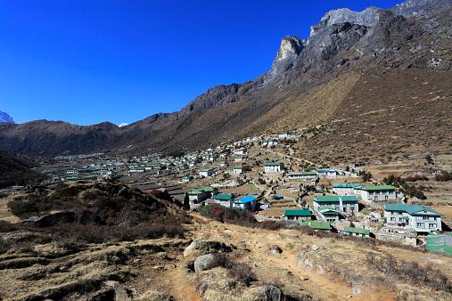 Khumbu「Khumjung village」:スマホ壁紙(4)