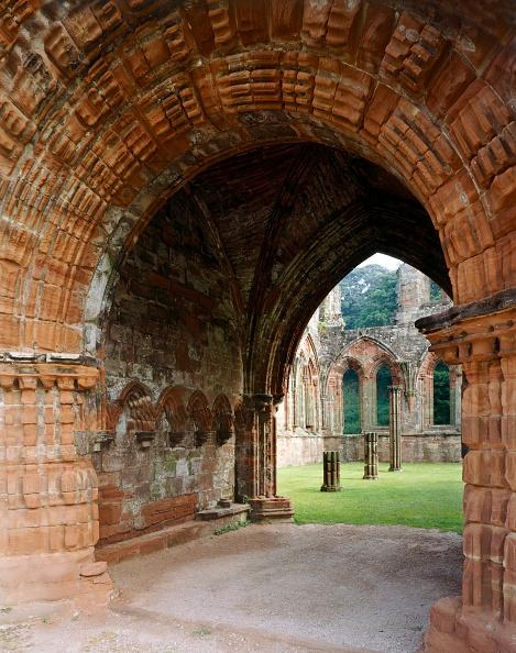 Ceiling「Furness Abbey, Barrow-in-Furness, Cumbria, c2000s(?)」:写真・画像(9)[壁紙.com]