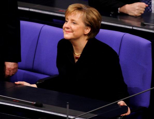 Chancellor of Germany「Merkel Named New German Chancellor」:写真・画像(16)[壁紙.com]