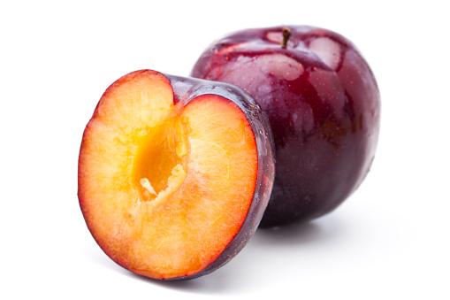 Plum「Red plums」:スマホ壁紙(0)