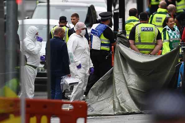 Glasgow - Scotland「Police Officers Shoot Knifeman Dead In Central Glasgow Hotel」:写真・画像(15)[壁紙.com]