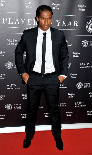 Antonio Valencia「Manchester United Football Club Player Of The Year Awards - Red Carpet Arrivals」:写真・画像(4)[壁紙.com]