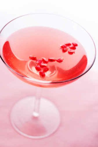 Cosmopolitan Cocktail「Pomegranate Champagne Cocktail」:スマホ壁紙(4)