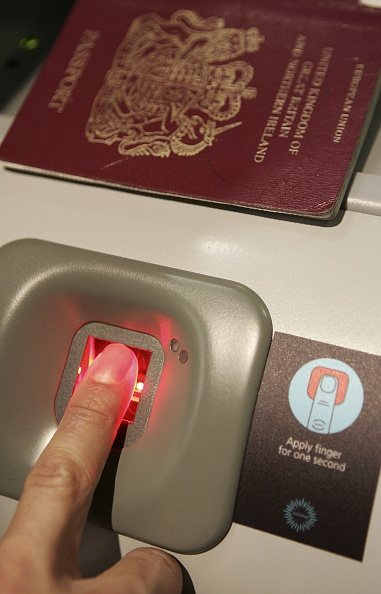 Heathrow Airport「Biometric Security Trialed At Heathrow」:写真・画像(8)[壁紙.com]