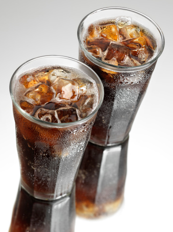 Drinking「Two Ice Cold Sodas」:スマホ壁紙(11)