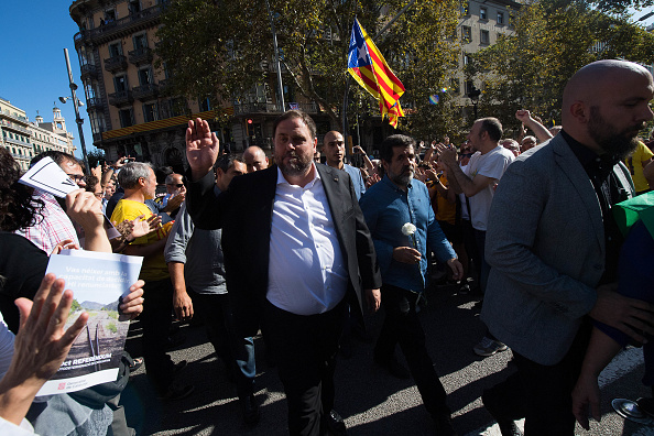トップランキング「Spanish Police Storm Catalan Government Buildings」:写真・画像(0)[壁紙.com]