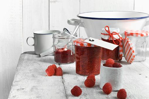 Raspberry Jam「Jars of raspberry jam and raspberries」:スマホ壁紙(3)