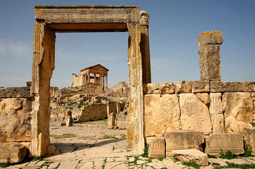 Roman「Tunisia, Beja Governorate, Roman ruin of Dougga」:スマホ壁紙(4)