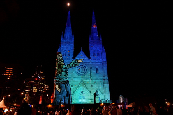 Lisa Maree Williams「Lights Of Christmas At St. Mary's Cathedral」:写真・画像(14)[壁紙.com]