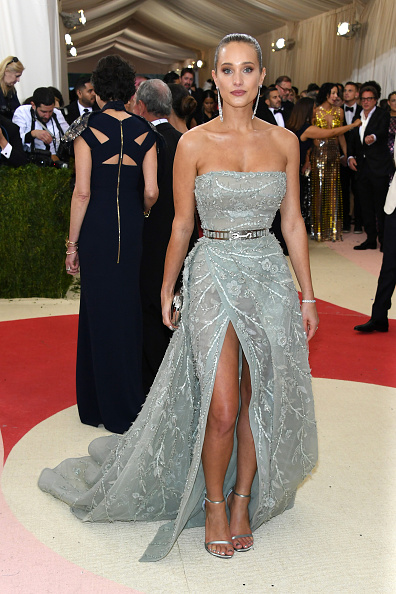"""Incidental People「""""Manus x Machina: Fashion In An Age Of Technology"""" Costume Institute Gala - Arrivals」:写真・画像(14)[壁紙.com]"""