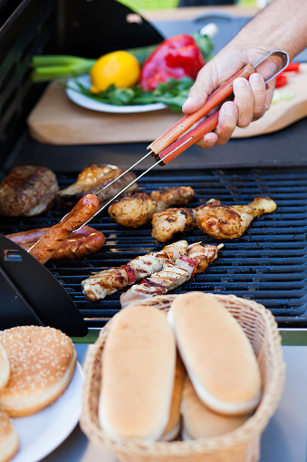Chicken Wing「Barbecue grill with meet, vegetables and bread.」:スマホ壁紙(5)