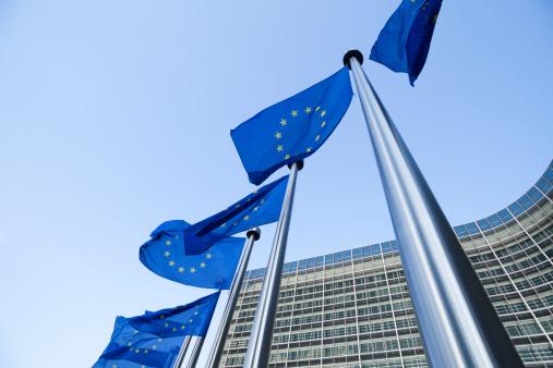Belgium「European flags in front of the Berlaymont building in Brussels」:スマホ壁紙(5)