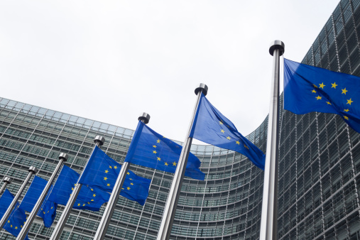 City of Brussels「European flags in front of the Berlaymont building in Brussels」:スマホ壁紙(11)