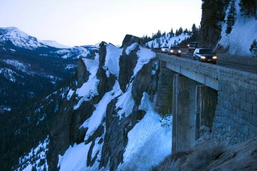 Steep「Traffic on mountain pass」:スマホ壁紙(14)