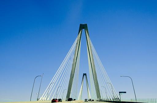 Charleston - South Carolina「Traffic on a bridge」:スマホ壁紙(13)
