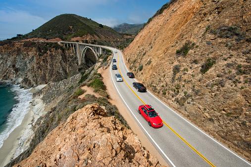 Big Sur「Traffic on Highway 1」:スマホ壁紙(3)