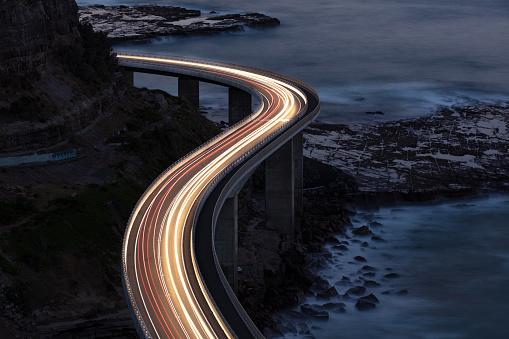 Travel Destinations「Traffic on Bridge」:スマホ壁紙(4)