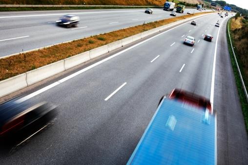 Dividing Line - Road Marking「Traffic on the freeway」:スマホ壁紙(3)
