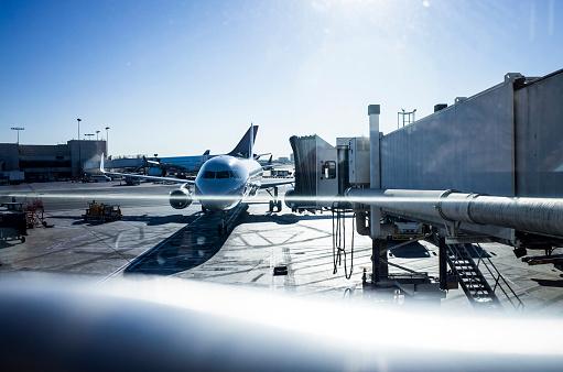 Mechanic「A sunny day airport.」:スマホ壁紙(3)