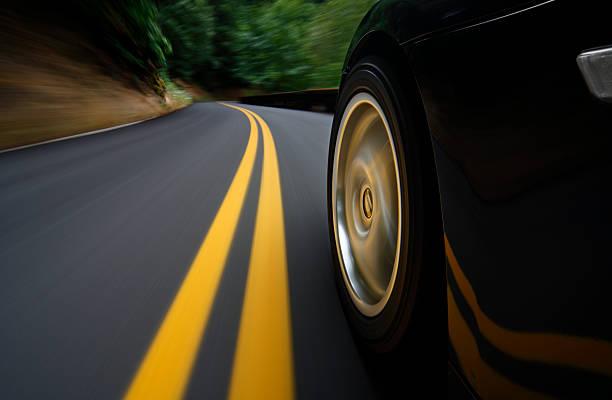 Speed:スマホ壁紙(壁紙.com)