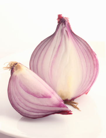 Spanish Onion「Half and a quarter of a red onion.」:スマホ壁紙(10)