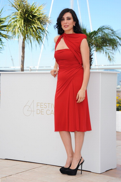 "Cut Out Dress「""Where Do We Go Now?"" Photocall - 64th Annual Cannes Film Festival」:写真・画像(19)[壁紙.com]"