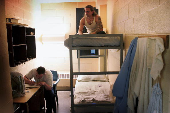 USA「Illinois Opens Prison Just To House Drug Offenders」:写真・画像(17)[壁紙.com]