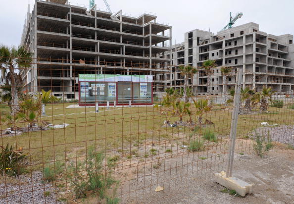 Construction Site「Coastal Southeast Spain Real-Estate Bubble Bursts」:写真・画像(4)[壁紙.com]