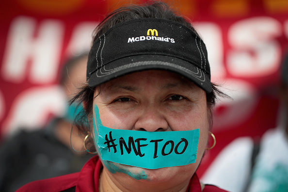 Bestpix「Chicago Area Fast Food Worker Activists Organize National Strike To Combat Sexual Harassment」:写真・画像(2)[壁紙.com]