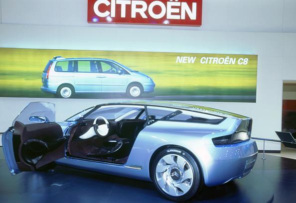 Finance and Economy「2002 Citroen C-Airdream concept car」:写真・画像(6)[壁紙.com]